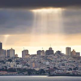 Gregory Ballos - Sunrays on San Francisco