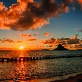 RB Art - Sunrise at Hawaii Chainaman