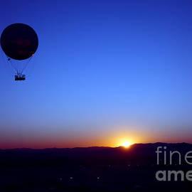 Brandon Alms - Sunrise balloon