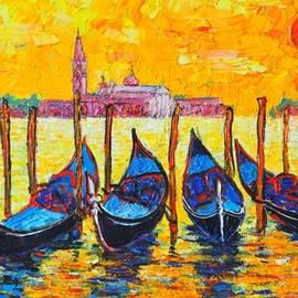 Ana Maria Edulescu - Sunrise In Venice Italy Gondolas And San Giorgio Maggiore