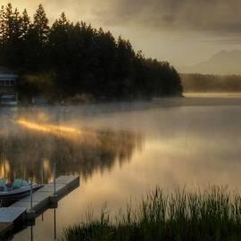 Peter Mooyman - Sunrise on the Lake