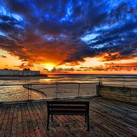 Ron Shoshani - sunset at the port of Tel Aviv