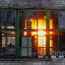 Ausra Paulauskaite - Sunset in the Window