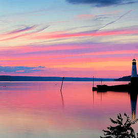 Paul Ge - Sunset On Cayuga Lake Ithaca New York