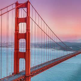 Sarit Sotangkur - Sunset over the Golden Gate Bridge