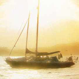 Hal Halli - Sunset Sailing