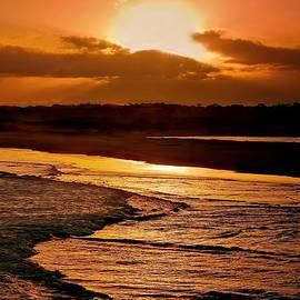 Wallaroo Images - Sunset Serenade