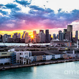 Rene Triay Photography - Sunset Thru Downtown Miami