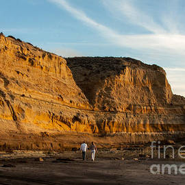 Darleen Stry - Sunset walk at Flat Rock  La Jolla California