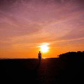 Nicklas Gustafsson - Sunset Walk