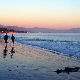 Kathy Yates - Sunset Walk on the Beach