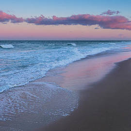 Bill Wakeley - Sunset Water