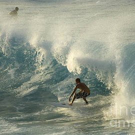 Bob Christopher - Surf Is Up Maui