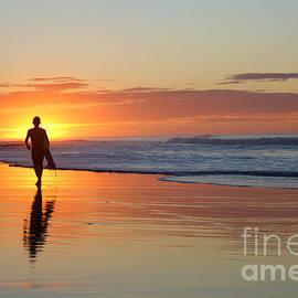Stav Stavit Zagron - Surfers Sunrise