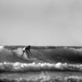Michael Braham - Surfing In Sunny California