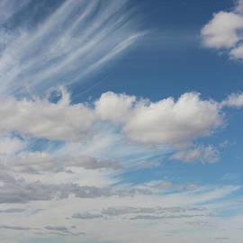 Valerie Loop - Sweeping Clouds