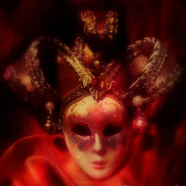 Putterhug  Studio - Sweet Masquerade