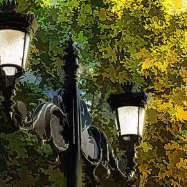 Georgia Mizuleva - Sweet Old-Fashioned Streetlights - Impressions of Fall