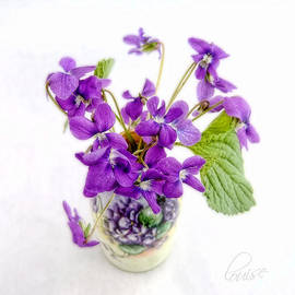 Louise Kumpf - Sweet Purple Violets in a Painted Vase