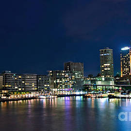 Kaye Menner - Sydney Cityscape by Night