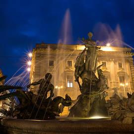 Georgia Mizuleva - Syracuse Sicily Blue Hour - Fountain of Diana on Piazza Archimede