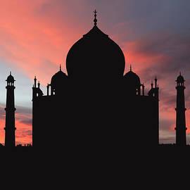 Kim Andelkovic - Taj Mahal Silhouette
