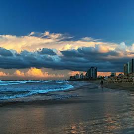 Meir  Jacob - Tel Aviv At Sunrise