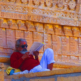 Sue Jacobi - Temple Priest Jaisalmer Fort Rajasthan India