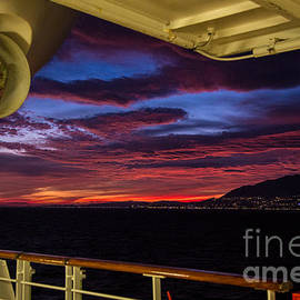 Rene Triay Photography - The Azores from the Ship