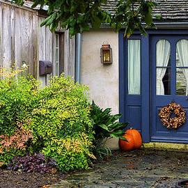 Linda Phelps - The Blue Door