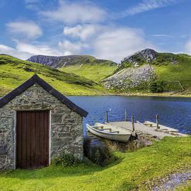 Ian Mitchell - The Boat House