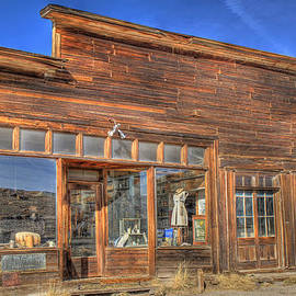 Donna Kennedy - The Boone Store and Warehouse