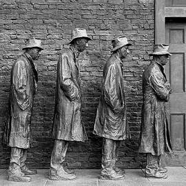 Allen Beatty - The Breadline by George Segal