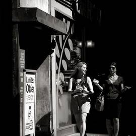 Miriam Danar - The Conversation - A Walk in New York