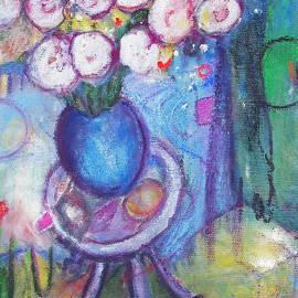 Tolere - The Dancing Vase