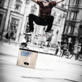 Stwayne Keubrick - The fool street skater
