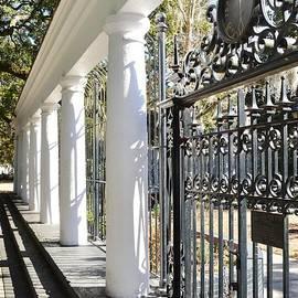 Linda Covino - The Fragrant Garden of Savannah