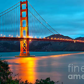 Gregory Ballos - The Golden Gate Bridge - San Francisco California