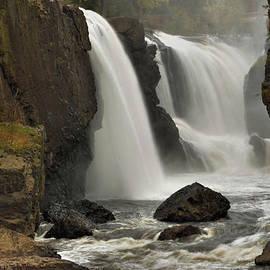Stephen  Vecchiotti - The Great Falls