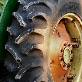 Patricia Twardzik - The History of a Tire