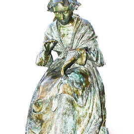 Linsey Williams - The Leicester Seamstress Statue