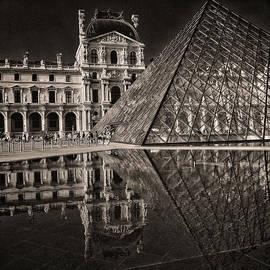 Robert Fawcett - The Louvre