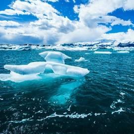Benjamin Hardman - The Magical Glacier Lagoon In Iceland