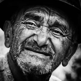 Ionut Cirja - The man who made bricks