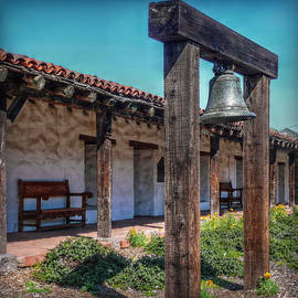 Hanny Heim - The Mission Bell