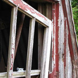 Beth Vincent - The old barn