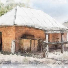 Elaine Teague - The Old Barn