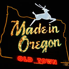 DerekTXFactor Creative - The Original Made in Oregon Sign