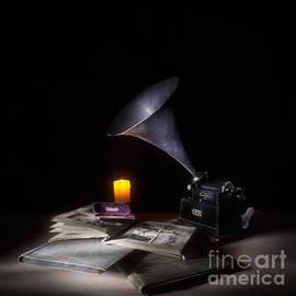 Ann Garrett - The Phonograph 4