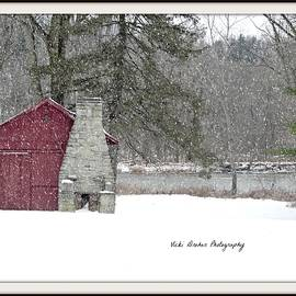 Vicki Dreher - The Piggery In Snow
